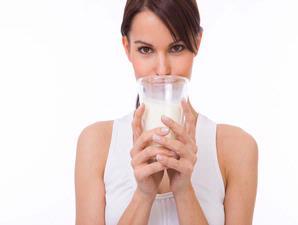 calciumthatiscontainedin-milk