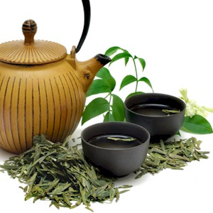 how drinking green tea is beneficial to your brain